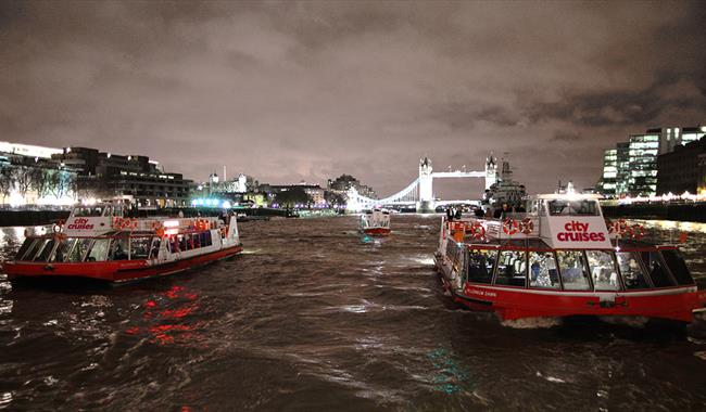 Christmas Boat Party London.City Cruises Christmas Boat Party Participatory Event In