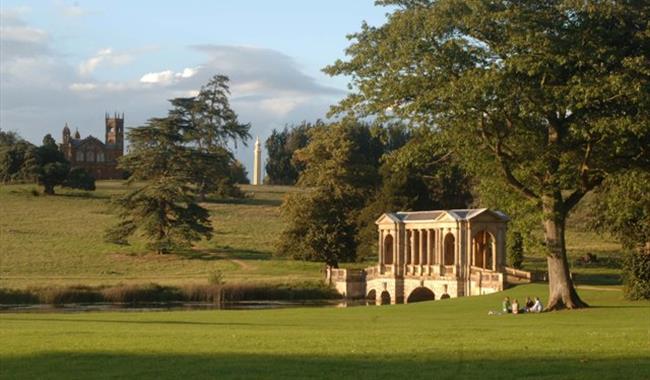 Stowe garden in buckingham buckinghamshire visit south east england summer at stowe landscape gardens workwithnaturefo