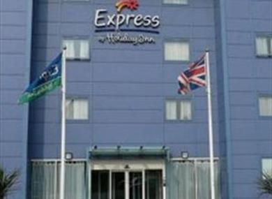 Express by Holiday Inn Hotel