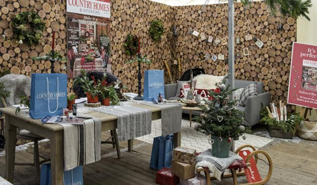 Country Homes & Interiors Christmas at Stonor