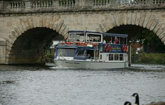French Brothers boat sails under Maidenhead bridge