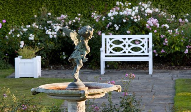 Emmetts garden garden in sevenoaks sevenoaks visit for Garden trees kent