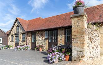 Farringford Self Catering Cottages Stables